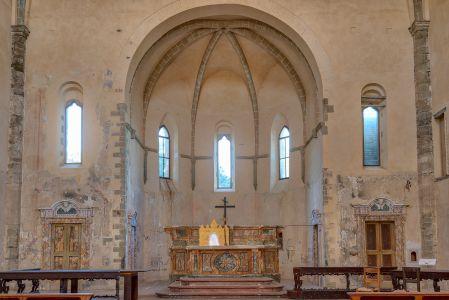 Chiesa abbaziale di Montelabate, interno