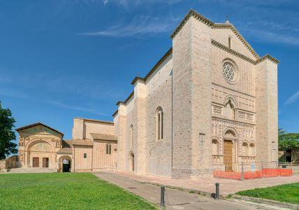 Chiesa di S. Francesco al Prato, esterno